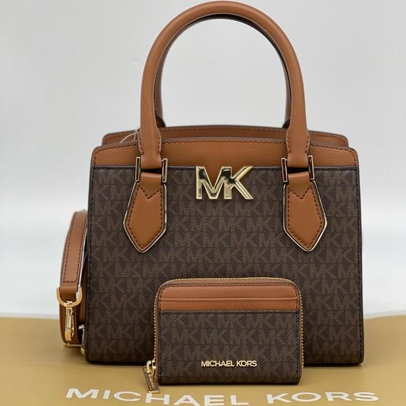 Michael Kors Mott MD Messenger & Case Card Wallet